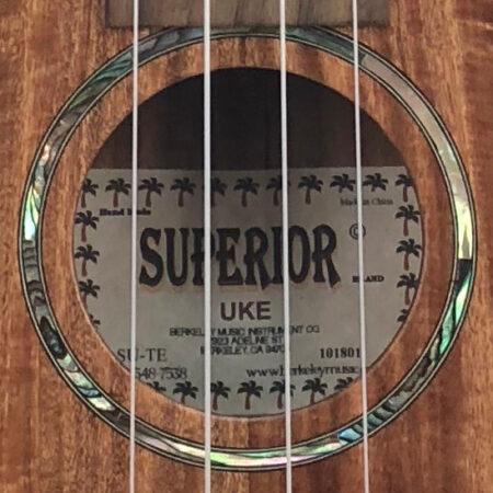 Superior Uke